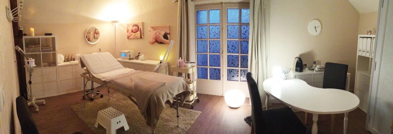 Cabine de soins esthétiques à Saint-Germain-du-Puy